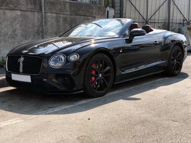 Cabriolet rental in Courchevel