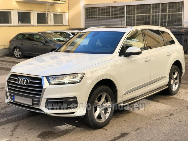 Hire and delivery to Genève Aéroport (GVA) the car Audi Q7 50 TDI Quattro White