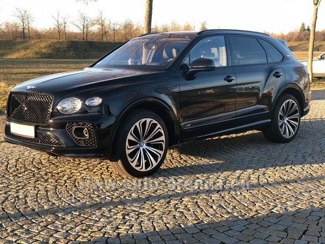 Hire and delivery to Genève Aéroport (GVA) the car Bentley Bentayga V8 new Model 2021
