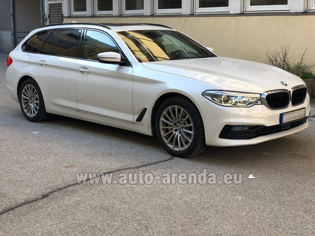 Rental BMW 5 Touring Equipment M Sportpaket in Courchevel