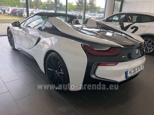 Rent The Bmw I8 Roadster Cabrio First Edition 1 Of 200 Edrive Car In Courchevel