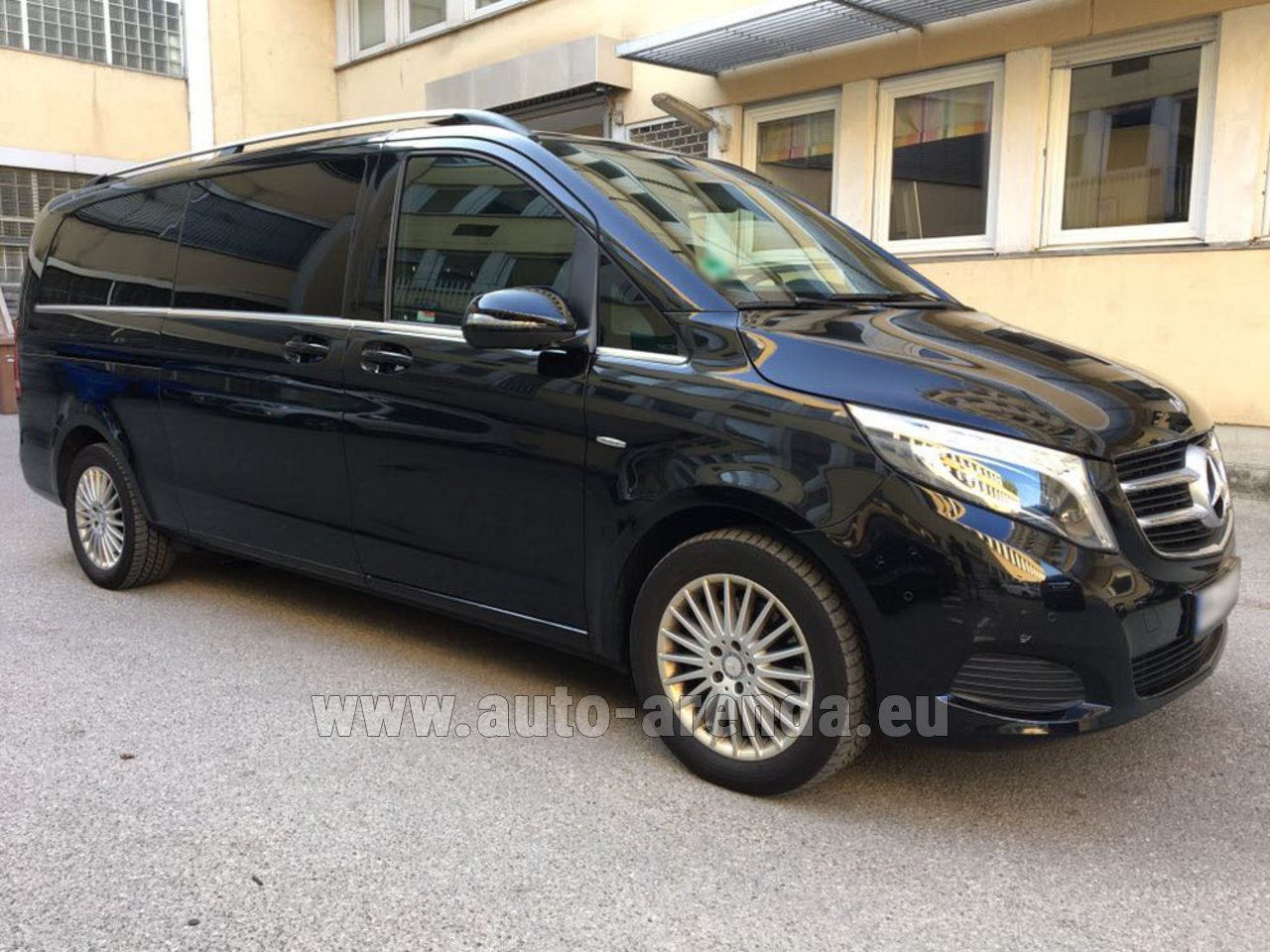 rent mercedes benz v class v 250 diesel long 8 seats in a roport lyon saint exup ry lys. Black Bedroom Furniture Sets. Home Design Ideas