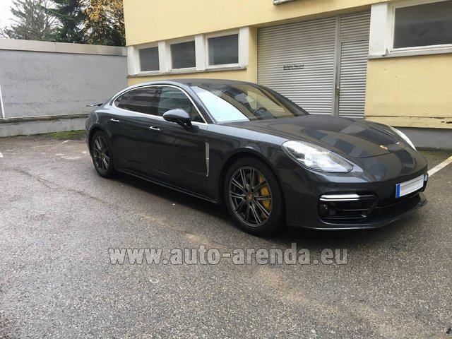 Hire and delivery to Aéroport Chambéry Savoie Mont Blanc (CMF) the car Porsche Panamera Turbo Executive