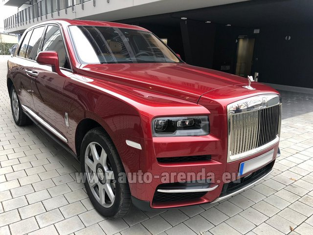 Hire and delivery to Genève Aéroport (GVA) the car Rolls-Royce Cullinan